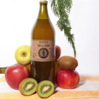 Succo di mela e kiwi