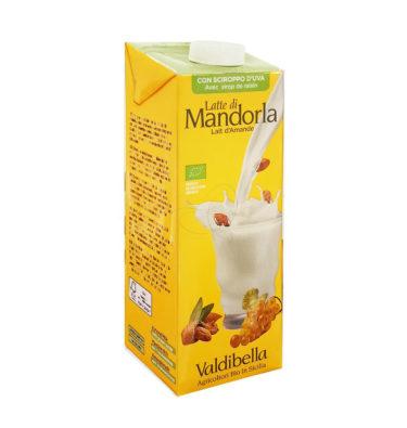Latte di Mandorla con sciroppo d'Uva